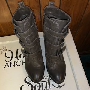 Vice Camuto Boots